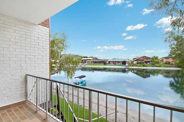 OPEN THIS SATURDAY 1ST OCTOBER 11:00 - 11:30AM 