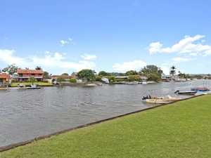 Ultimate Waterfront Lifestyle/Investment Opportunity