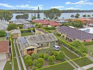 Rare Greenbank Home Only One Street from the Tweed River