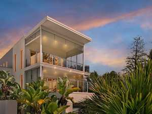 Boutique Residence Just 500 metres from the White Sand of Coolangatta Beach