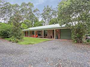 """Peaceful & Private Bonville Property"""