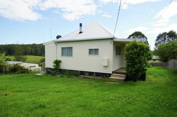 This charming home is set in rural Lowanna, approximately 45 minutes drive from Coffs Harbour. The p...