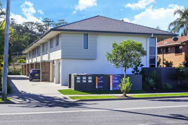This Townhouse home is perfectly located within walking distance to one of Coffs Harbour's major sho...