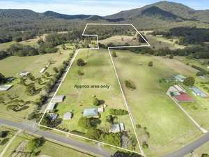 Rural lifestyle - 108 acres...