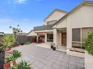 Wow, 5 bedroom, 3 living, 4 car garage and pool in Diggers Beach!...