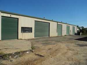 450M2 INDUSTRIAL WAREHOUSE