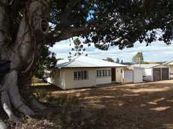 This country home is situated just over 50 kilometres west of Gympie in the township of Kilkivan, on...