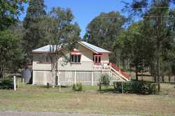 Welcome to entry level acreage living with this great little property.  Just under 2 acres (7316m2)...