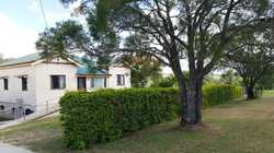 - Conveniently located 2.3km from Central Shopping Centre - Hobby farm in town - 4.26 Hectares (ap...