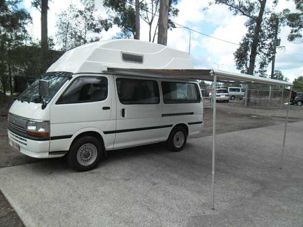 Toyota Hiace Camper    Diesel, Auto, 4WD  120,000km.  Full Bathroom  $35000...