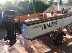 EASYRIDER fibreglass runabout, 4.5m, 60hp, Yamaha fourstroke on trailer, both registered, Bimini...