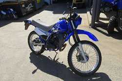 YAMAHA DT175
