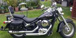 2005  BLK  Extras eg  tow bar saddle bags backrest rack  66674KM one owner