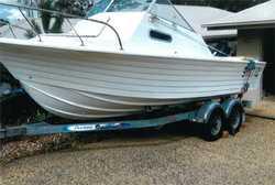 5.8 Cruise Craft, 140HP Suzuki 180hrs, Lowrance GPS, fish finder, safety equip', boat &...