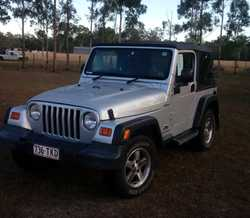 JEEP Wrangler 2006, 6 cylinder, 4L, 4x4, 2 door convertible, good condition, 129,000klms, silver...
