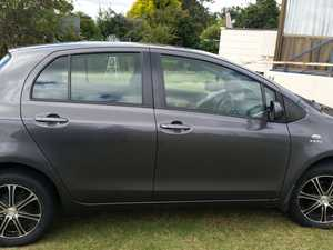 Totoya Yaris 2010 manual Hatch.