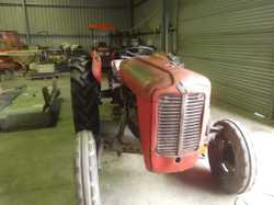 Ferguson 35 1960, 3 cyl Perkins Diesel, original second owner, 1997 hrs in good working order $ 5500...