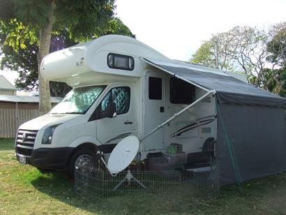 09 VW TALVOR 25', drop down bed, solar, sat TV & recorder, R/O BBQ, sep show/toil, Crim...