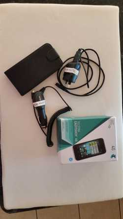 Telstra EASYTOUCH 4G Android Mobile Phone. With Power Charger, Car Charger and Flip Case included.