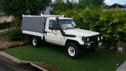 LANDCRUISER Ute 2001 79 Series; Rego till July 2017; 217,000kms; non turbo; heaps of extras, too...