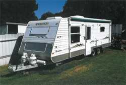 EVOLUTION Luxliner 23ft, double bed, full ensuite, TV, microwave, 12 volt power, large fridge, ga...