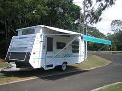 MILLARD Horizon Poptop, built 5/12/03, 17'6'', d/bed, m/wave, gas c/top+ grill, 3way...