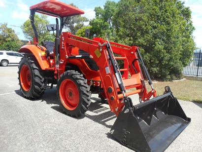 AG CHIEF 55HP New Special, power steer, 4WD, 4 in 1 FEL, 5ft slasher.
