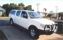 2009 NISSAN NAVARA D40 white, rego to 19.5.2018 2.5 turbo diesel, Dual cab, bull bar, towbar, U.H...
