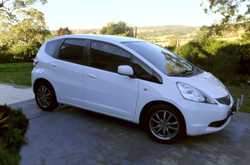 2009 Manual Honda Jazz in excellent condition - nice & clean. Full service history & RWC supplied up...