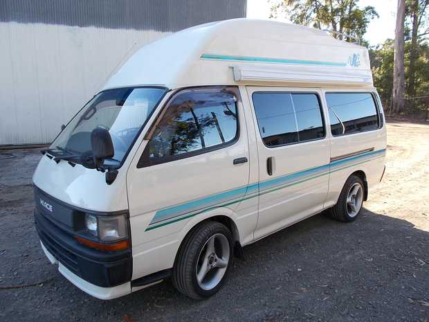 Factory Hiace Camper TOYOTA - Only 88000kms. Diesel, Auto. Immaculate Condition $35000.00 PH 0404...