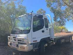Excellent Condition2007 Isuzu Tip Tray 6.75m long, 220hp Turbo, manual 6spd, 155,000ks, cur...