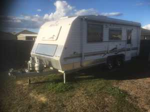 2013 Regal RSV, 7,000ks, full ensuite, dble island bed, washer, r/o awning, r/cycle air, fully insulated, ATM2500kgs, T/B180kgs, $50,000ono