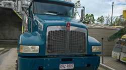 2005 model T350 Kenworth    low kms,  ex Hanson concrete truck,  live drive, ...