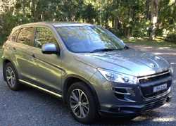 PEUGEOT SUV 4008
