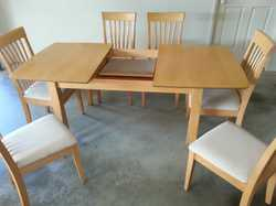 7 pce, extendable table, cushioned chairs, beech colour.