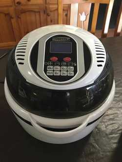 Innobella air fryer, used twice, excellent condition.