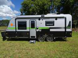 "2016 Nova Bravo GT Sportz like new, travel less than 5000kms, 18'6"" inside, island QB,..."