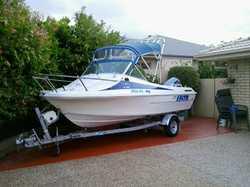 SEAFARER VSEA Sport, cuddy cab, 90HP Johnson, safety, boat & trailer reg, E/C, $10,500 ono. 0...