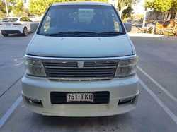 NISSAN Elgrand,
