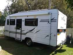 "MAJESTIC Van 17'6"", 11mths rego, new awning, s/beds ensuite, white inter decor, 2x85W..."