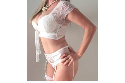 Profile: Alana Location: Rockhampton Eyes: Blue Hair: Blonde Body Type: Petite & Bust...