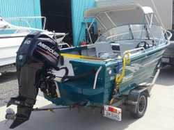 2002 4.5m Bluefin Weekender,  2015 Mercury 60hp 4 stroke still under warranty,  comes with lots of a...