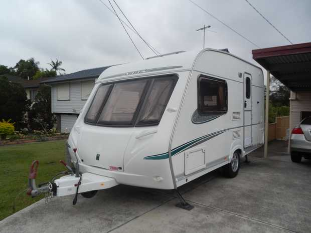 Reg, lge 2 berth, end kitchen, shower/toilet, extras, tow w/ family car, internal lgth 13ft9in, o...