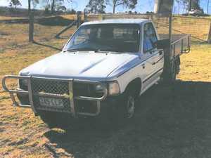 HILUX petrol ute, 1994