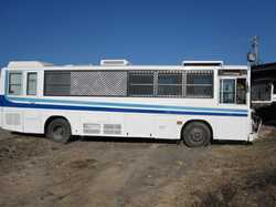 MITSUBISHI FUSO 9m motor home, recently painted, 6 cyl diesel, show/toil, A/C, lge R/O awn, new f...