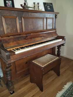 Piano  Klingmann Berlin good tone, keys are in good condition,  carved legs, lovely piece.