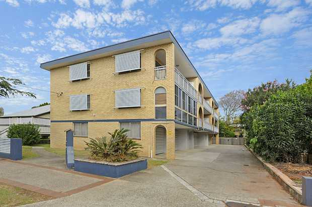 Saturday 14th Oct 12-1pm Wednesday 5:30-6pm Rare Development Opportunity Once in a lifetime!...
