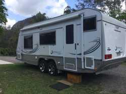 1 owner, hardly used 2012 Jurgen Lunaglazer 21ft in excellent condition.  Hayman Reece sway bars, ga...