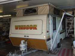 "1988 14ft6"" Windsor poptop, lightweight van, front kitchen, single beds, electric brakes, ro..."