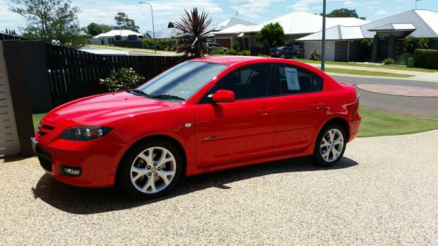 2007 Mazda 3 SP23, Automatic. 86,800 KMs - In excellent condition. Very reliable - will make a great...